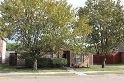 5652 BEDFORD LN, The Colony, TX 75056 - Photo 1