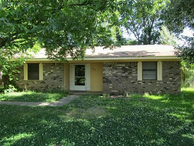 519 W 7TH ST, Clarksville, TX 75426 - Photo 1