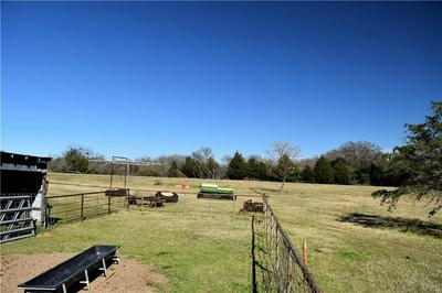 2304 E WINTERGREEN RD # EAST, HUTCHINS, TX 75141 - Photo 2