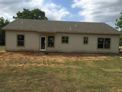 100 E COOLEDGE AVE, Whitney, TX 76692 - Photo 2