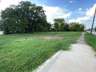 1928 AMANDA AVE, Fort Worth, TX 76105 - Photo 2