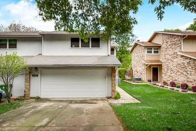 1428 HAMPTON RD, Grapevine, TX 76051 - Photo 2