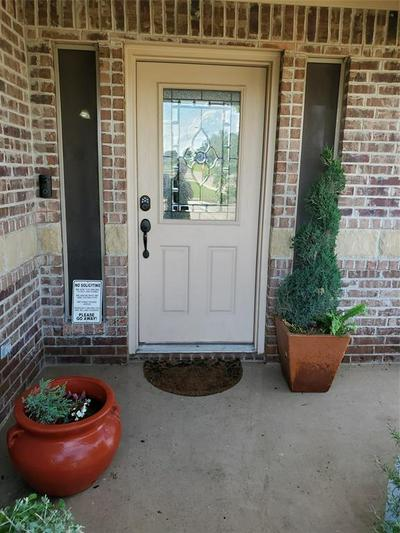 1261 NEWCASTLE DR, Weatherford, TX 76086 - Photo 2