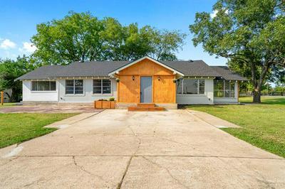 808 COMBINE RD, Seagoville, TX 75159 - Photo 2