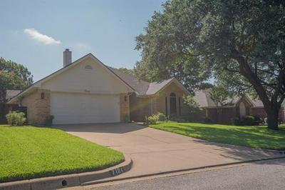 7104 COOK CIR, North Richland Hills, TX 76182 - Photo 2