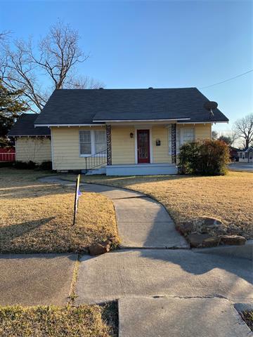 414 W MAIN ST, Whitesboro, TX 76273 - Photo 1