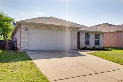 511 BLUEBERRY HILL LN, Mansfield, TX 76063 - Photo 2