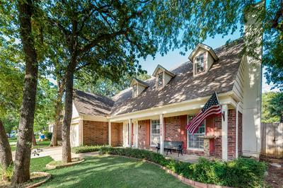 7508 MEADOWVIEW TER, North Richland Hills, TX 76182 - Photo 2