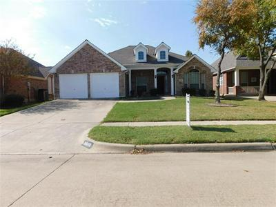 6873 SHOREVIEW DR, Grand Prairie, TX 75054 - Photo 1