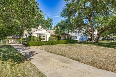 3624 S HILLS AVE, Fort Worth, TX 76109 - Photo 2