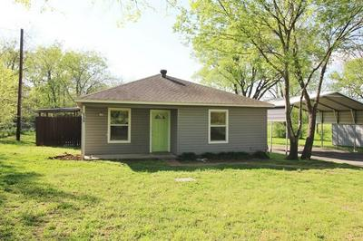506 S 1ST ST, Mabank, TX 75147 - Photo 1