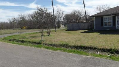 281 E MARSHALL ST, PALMER, TX 75152 - Photo 2
