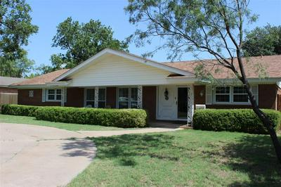 410 TINKLE ST, Winters, TX 79567 - Photo 2