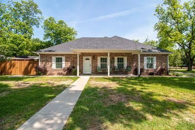 410 N PLANTERS ST, Emory, TX 75440 - Photo 1