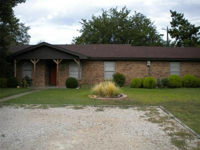 2606 S GARLAND ST, Decatur, TX 76234 - Photo 1