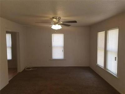 918 BEECH ST, Abilene, TX 79601 - Photo 2
