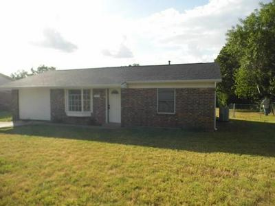 1300 W 12TH ST, Cisco, TX 76437 - Photo 1