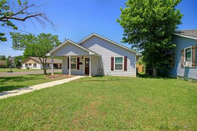 317 OTIS ST, Whitesboro, TX 76273 - Photo 1