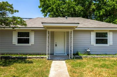 106 W SANTA FE ST, Farmersville, TX 75442 - Photo 1