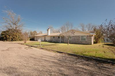 511 N AVENUE V, CLIFTON, TX 76634 - Photo 1