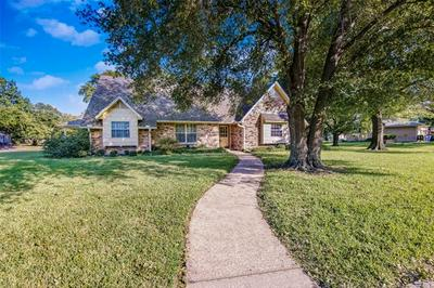 5501 KAYWAY DR, Greenville, TX 75402 - Photo 2