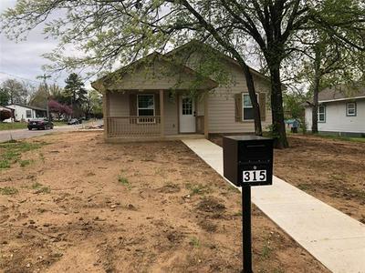 315 WATER ST, Whitesboro, TX 76273 - Photo 1