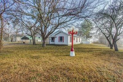106 N MAIN ST, Sadler, TX 76264 - Photo 1