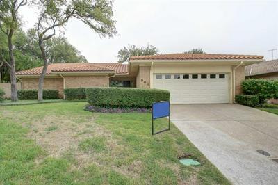 841 HAVENWOOD LN S, Fort Worth, TX 76112 - Photo 1
