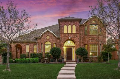 1055 CRYSTAL LAKE DR, Frisco, TX 75036 - Photo 1