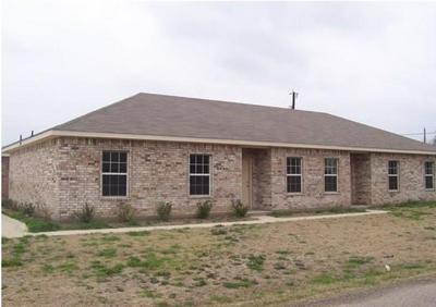 1707 N KAUFMAN ST, Ennis, TX 75119 - Photo 1