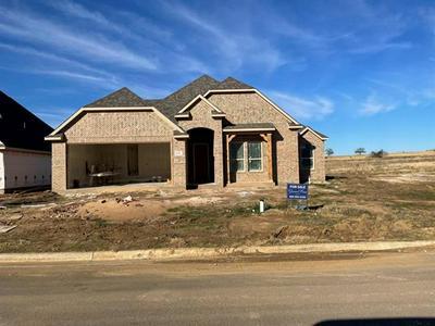 102 PRAIRIE MEADOW LN, Pottsboro, TX 75076 - Photo 1