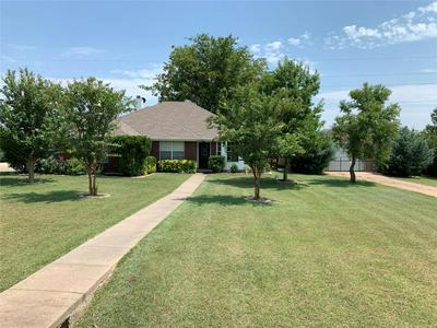 208 SPRINGDALE DR, Palmer, TX 75152 - Photo 1