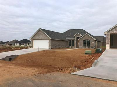 3311 WINDCREST DR, Granbury, TX 76049 - Photo 2