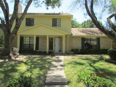 8902 DAVIS ST, Rowlett, TX 75088 - Photo 2