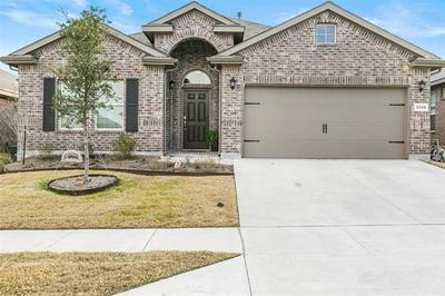 2520 CLAY CREEK LN, Fort Worth, TX 76177 - Photo 1