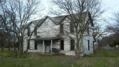 166 SHORT ST, Forestburg, TX 76239 - Photo 1