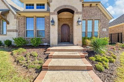 4219 PEARL CRESCENT LN, Arlington, TX 76005 - Photo 2