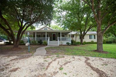 208 S LLOYD ST, HAMILTON, TX 76531 - Photo 1