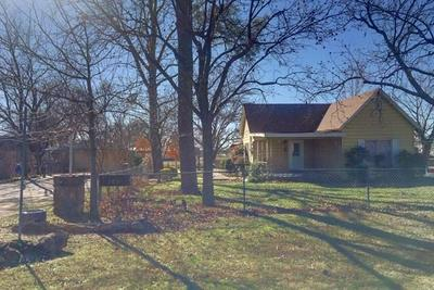 303 W ROBERTS ST, Bryson, TX 76427 - Photo 1