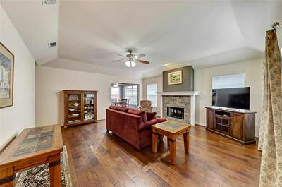 1402 TOPLEA DR, EULESS, TX 76040 - Photo 2