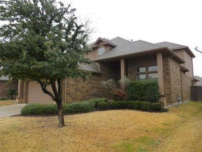 2313 HALF MOON BAY LN, Fort Worth, TX 76177 - Photo 2