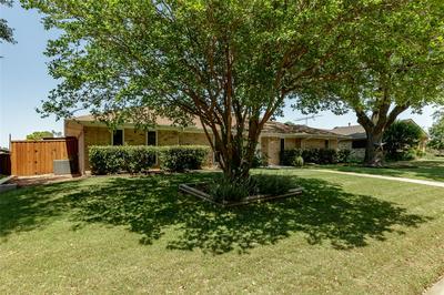 1437 GLENHILL LN, Lewisville, TX 75077 - Photo 2