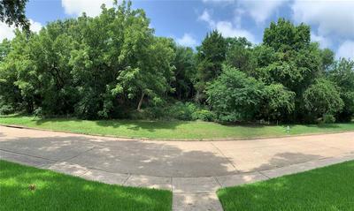 22 SHERWOOD CT, Cedar Hill, TX 75104 - Photo 1