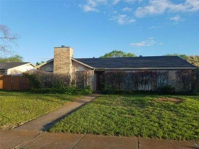 1226 SOUTHRIDGE DR, LANCASTER, TX 75146 - Photo 1