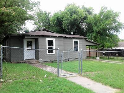 2808 AVENUE K, Fort Worth, TX 76105 - Photo 2