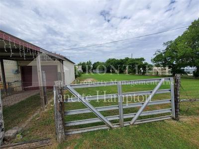 104 S CROOK ST, Cresson, TX 76035 - Photo 2