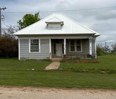601 ST MARYS ST, MEGARGEL, TX 76370 - Photo 1