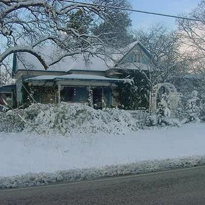 402 SPRING HILL RD, Aubrey, TX 76227 - Photo 2