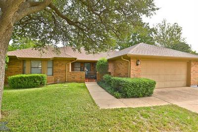 4609 PIN OAK CT, Abilene, TX 79606 - Photo 2