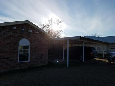 1216 LAMAR ST, Ranger, TX 76470 - Photo 1